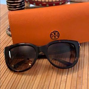💯% Authentic Tory Burch Sunglasses